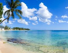 Settlers Beach - Barbados follow in the footsteps of the first British settlers who waded ashore on this beach!