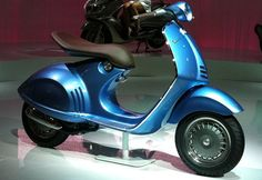 Vespa aux Designer's Days - Alice au Pays des scooters
