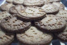 "Blonďatej svět: Domácí máslové sušenky ""Home made"" Crinkles, Cookies, Desserts, Food, Crack Crackers, Tailgate Desserts, Deserts, Biscuits, Essen"