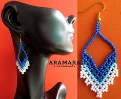 Mexicana Huichol cuentas blanco y azul pendientes de por Aramara