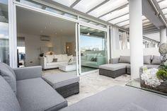 TASOS APARTMENT | En los 140m2 de este bonito apartamento podrás disfrutar de una estancia en Ibiza al alcance de unos pocos. Disfrute del chill out para relajarse y disfrutar de los atardeceres  únicos de Ibiza.  #ibiza #luxury #ibizaluxury #apartments