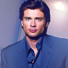 Tom Welling Joins Nicholas Sparks Adaptation 'The Choice' « Tom Welling Web Clark Kent, Celebrity Crush, Celebrity Photos, Smallville Quotes, Tom Welling Smallville, Tommy Hilfiger, Angeles, Hollywood Glamour, Gorgeous Men