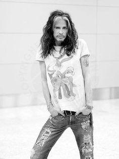 Steven Tyler, one badass dude Steven Tyler Aerosmith, Joe Perry, We Will Rock You, Lenny Kravitz, Liv Tyler, Yesterday And Today, Celebs, Celebrities, Rock Music