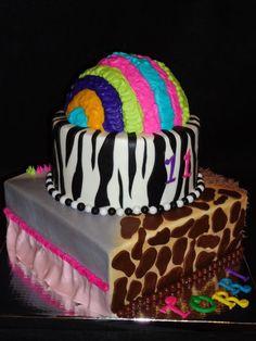 Madagascar 3 Wig Out Cake