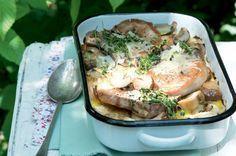Zapékané kotlety se smetanou a houbami | Apetitonline.cz Food And Drink, Pork, Healthy Recipes, Chicken, Meat, Cooking, Kale Stir Fry, Kitchen, Pigs
