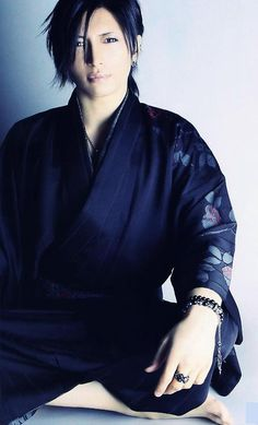GACKT........rolling and falling