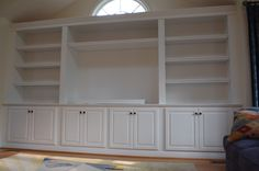 built-ins in dinning room? Larger cabinet bases for kids toys though. middle to serve as buffet. Bookcase Plans, Built In Bookcase, Bookcases, Large Bookcase, Wall Bookshelves, Wall Shelves, Built In Wall Units, Built In Cabinets, Tv Cabinets