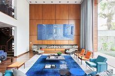 sala linda decoracao atual moderna pe direito duplo painel madeira