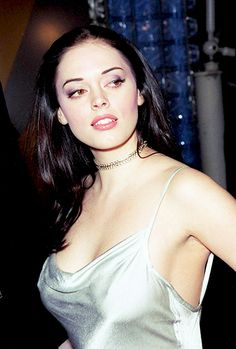 - slugpepsi: Rose McGowan photographed by Ron...
