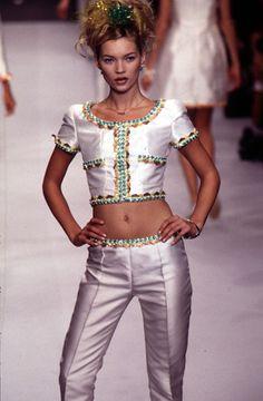 Kate Moss (Catwalk ~ Runway)