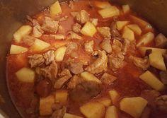 Gombás pusztapörkölt recept foto Hungarian Recipes, Hungarian Food, Pot Roast, Pork, Food And Drink, Tasty, Beef, Ethnic Recipes, Diet