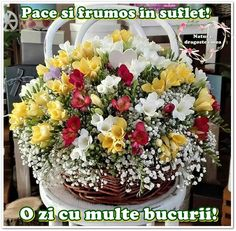 Floral Wreath, Basket, Table Decorations, Instagram Posts, Furniture, Home Decor, Bouquet, Beauty, Floral Crown