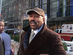 Steve Harvey says When the President-Elect Calls, You Answer (VIDEO) http://www.tmz.com/2017/01/13/steve-harvey-meeting-donald-trump?utm_source=rss&utm_medium=Sendible&utm_campaign=RSS