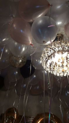 It's going to come to an end soon anyway - Germany Rezepte Ideen 17 Birthday Cake, Birthday Balloons, Happy Birthday Me, Birthday Girl Quotes, Bday Girl, Aesthetic Iphone Wallpaper, Aesthetic Wallpapers, Balloon Pictures, Happy Birthday Wallpaper
