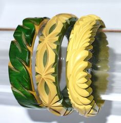 Deeply Carved Bakelite Bangles 40s