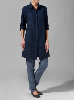 A lightweight, sheer fabrication and delicately relaxed fit create a classic and essential shirt. Relaxed cut, casual yet elegant and visibly expensive for many occasions from the job to at leisure time.