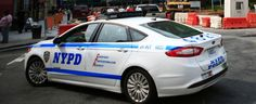 COP WHO SHOT AKAI GURLEY IN BROOKLYN STAIRWELL WAS TEXTING WHILE HE DIED