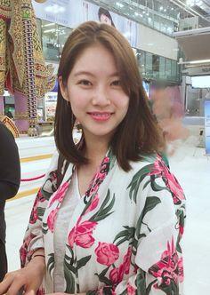 Gong Seung Yun (공승연) / Yoo Seung Yeon (유승연) Korean Actresses, Korean Actors, My Only Love Song, Gong Seung Yeon, Korean Beauty, Dramas, Pretty Girls, Aurora, Curly Hair Styles