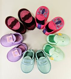 Felt Baby Booties by Erin Lincoln for Papertrey Ink (May 2014)