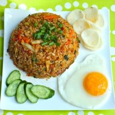 Vegetarian Nasi Goreng recipe. Indonesian-style fried rice. Healthy, hearty, delicious, vibrant, vegetarian, vegan-friendly and gluten-free!