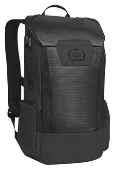 This pack has a large 20.9 liter main pocket with a built in padded laptop sleeve, two external side pockets and a sternum strap to cinch it all down.