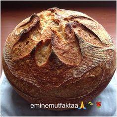 """176 Beğenme, 29 Yorum - Instagram'da Emine Kaya 🙏🌾🌹 (@eminemutfaktaa): """"Ekşi mayalı ekmek. Bu sefer ekmeğimi değişik bir şekilde yaptım. Daha güzel kabardı sizede öyle…"""""""