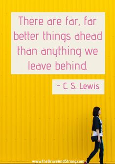 There are far, far better things ahead than anything we leave behind. Inspirational quotes about mental health, mental illness, depression, and anxiety. Goal Quotes, Real Life Quotes, Quotes To Live By, Mental Illness Quotes, Mental Health Quotes, Inspirational Quotes About Success, Positive Quotes, Inspiring Quotes, Depression And Anxiety Quotes