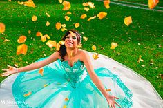 """Tus 15 años """"rock and rolleros"""" Arabian Nights Party, Sweet 16 Photos, Diy Fashion, Fashion Outfits, Quinceanera Photography, Indian Party, Disney Cakes, Sweet 15, 15th Birthday"""