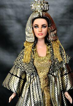 Elizabeth Taylor as Cleopatra by Noel Cruz www.ncruz.com/