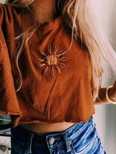 ✰ PIN @ alexandra_lovee ✰ Like · Comment · Share ✰ PIN @ alexandra_lovee ✰ Gefällt mir · Kommentieren · Teilen ✰ PIN @ alexandra_lovee ✰ Gefällt mir · Kommentieren · Teilen Modeempfehlungen - Outfit Fashion Look Fashion, Diy Fashion, Ideias Fashion, Fashion Outfits, Fashion Tips, Fashion Quiz, Fashion Websites, Ladies Fashion, Fashion Clothes