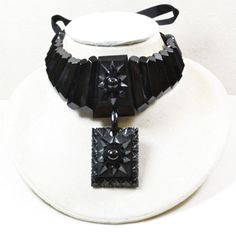 Magnificent Victorian Whitby Jet Collarette - Rare & Unusual  - Ties with a Ribbon Fastening £1495.00