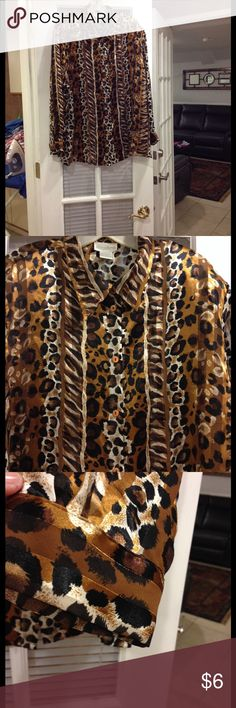 Size 22W Maggie Barnes blouse Size 22W Maggie Barnes blouse good condition Maggie Barnes Tops Blouses