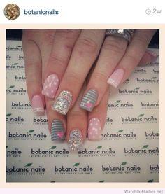 Botanic nails pink, gray, lines, glitter