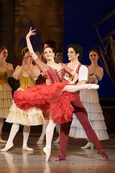 Diana Cuni as Kitri & Alessio Carbone as Basilio in the Royal Danish Ballet's DON QUIXOTE