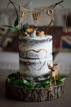 Cake von www. Bolo Diy, Nake Cake, Deer Cakes, Woodland Cake, Woodland Forest, Woodland Party, London Cake, Wedding Cake Rustic, Wedding Cakes
