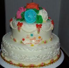 Tort etajat cu trandafiri | Blog Lumea Basmelor