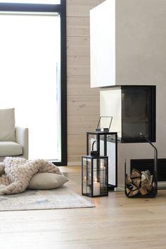#fireplace #takka #modernitakka #kiertoilmatakka #cozyfireplace #lyhty #skandinaviskdesign Scandinavian Style, Modern Fireplace, Oversized Mirror, Living Room, Interior, Furniture, Home Decor, Decoration Home, Indoor