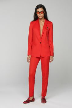 Banana Republic Spring 2016 Ready-to-Wear Fashion Show. True  and Bright Spring.