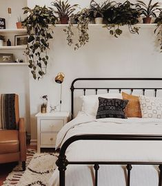 "90 Likes, 1 Comments - Superfine (@superfine_brooklyn) on Instagram: ""Remember that your home is a living space, not a storage space. @branchabode via @apartmenttherapy"""