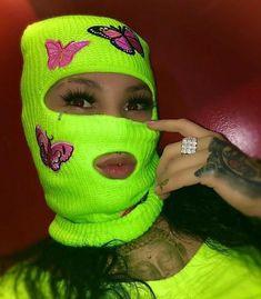 Estilo Gangster, Gangster Girl, Girl Gang Aesthetic, Badass Aesthetic, Aesthetic Songs, Black Bratz Doll, Aesthetic Grunge Tumblr, Thug Girl, Gamer Pics