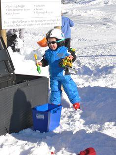Winterspielplatz, Brunni, Alpthal, Mythengebiet, Mythenregion, Kinderskigebiet, Familienskigebiet Winter, Playground, Winter Time, Winter Fashion