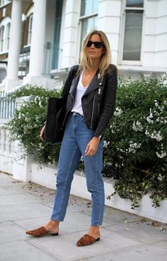 mom jeans + leather jacket