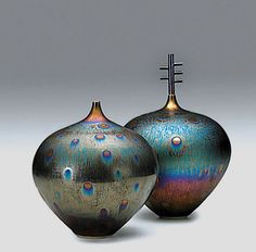 Two tenmoku peacock glaze vases – Hideaki Miyamura