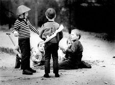 Sandkasten am Prenzlauer Berg, 1979: Ein Jahr vor der Aufnahme wurde der...
