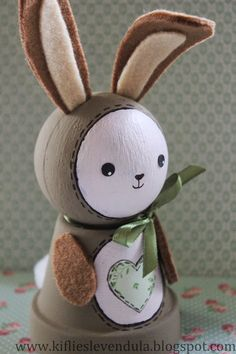 Diy And Crafts, Crafts For Kids, Clay Pot Projects, Diy Ostern, Driftwood Art, Clay Pots, Easter Crafts, Rabbit, Gardens