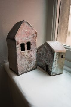 hand built raku sculptures / dream houses / www.tamararapoglu.com