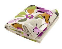 Throw Blanket in Portobello Road Vera Bradley Blanket, Vera Bradley Patterns, Sofa Throw, Throw Blankets, Getting Cozy, Sunglasses Case, Coin Purse, My Style