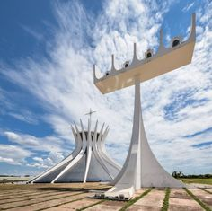 Catedral Metropolitana Nossa Senhora Aparecida, Brasilia Brazil (1970) | Oscar Niemeyer | Photo © Gonzalo Viramonte