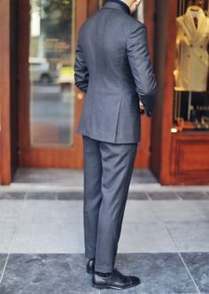 Grey DB suit by Ansiw & Brian