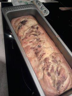 apple & rosemary cake